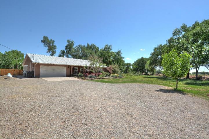 43 Hob Road Los Lunas NM, 87031