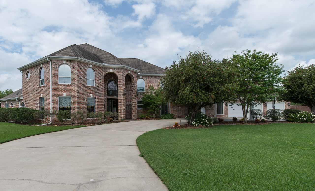 2285 savannah trace beaumont tx for sale 595 000 for Home builders southeast texas