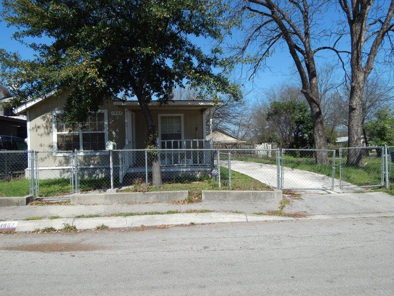 1907 hidalgo st san antonio tx for sale 75 000 for Homes for 75000